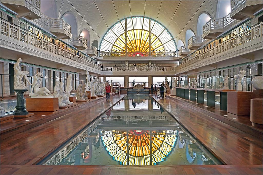 La Galerie De Sculptures Musee D Art Et D Industrie Roub Flickr