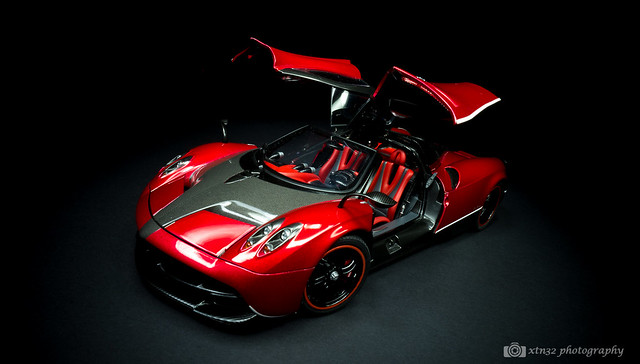 Pagani Huayra Red And Black Transformers