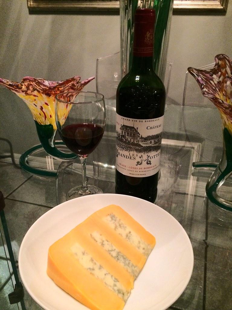 Château Les Grandes Mottes Bordeaux and Huntsman Cheese 1