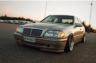 Wobbler: Bagged MB w204 // JVS Crew 18390987254_81379f4fb7_n