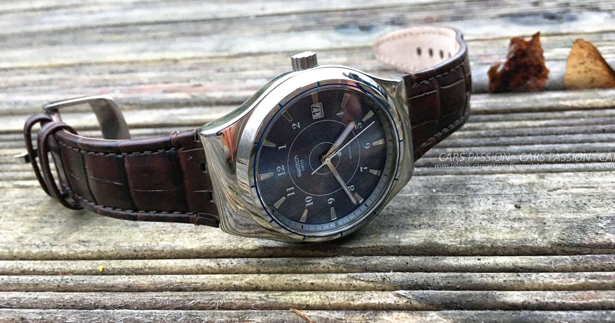 montres-automatique-swatch-sistem51-irony-fly