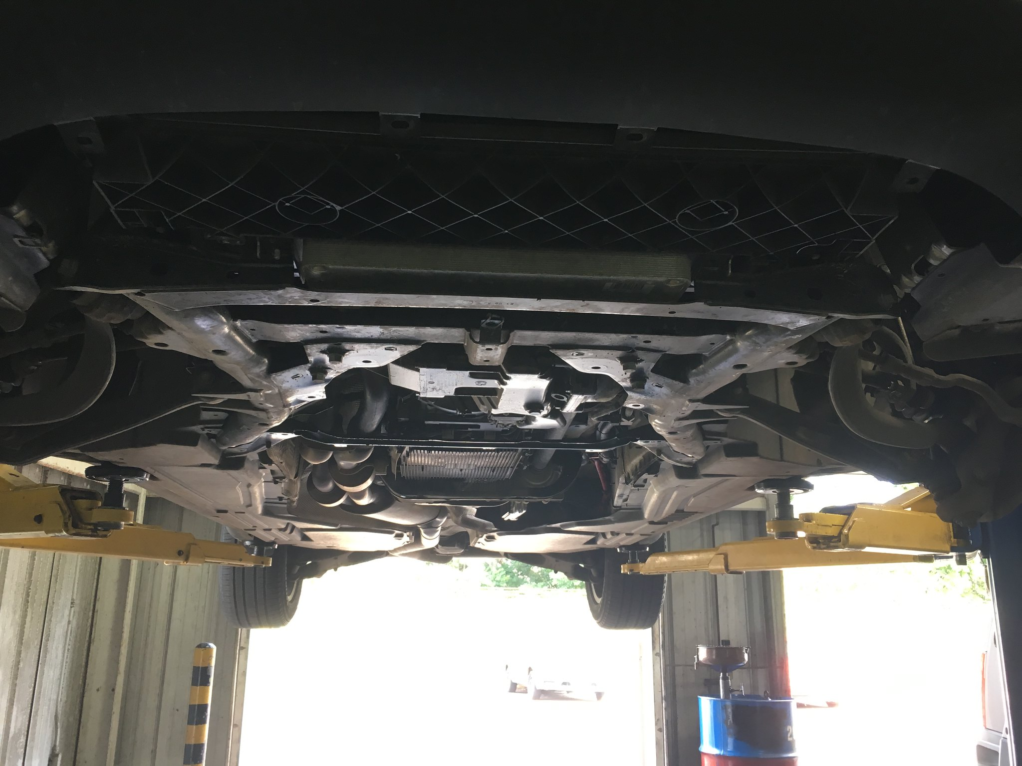 E70 X5 3 0si Oil Pan and front suspension DIY COMPLETE