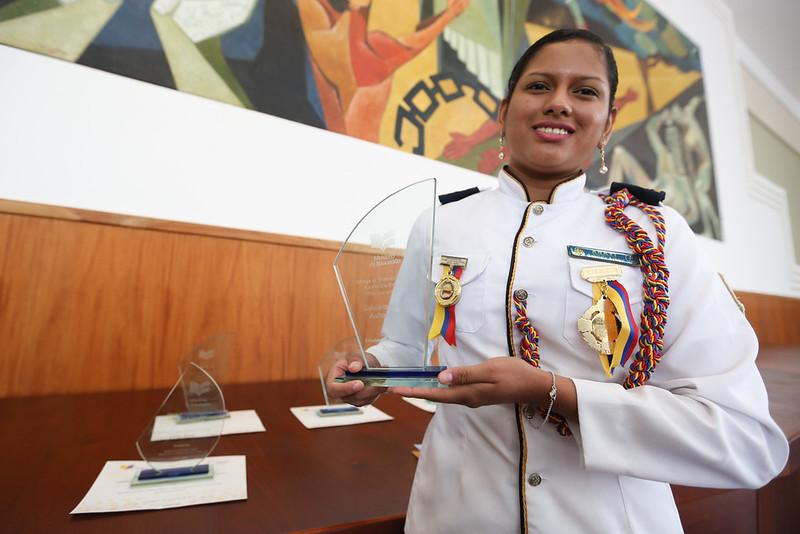Entrega Premio Anual a la excelencia educativa Rita Lecumbery 2017