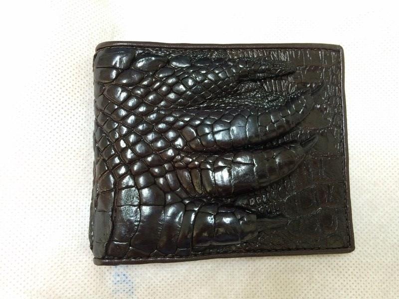 genuine crocodile leather claw leather mens bi fold brown wallet alligator skin ebay. Black Bedroom Furniture Sets. Home Design Ideas