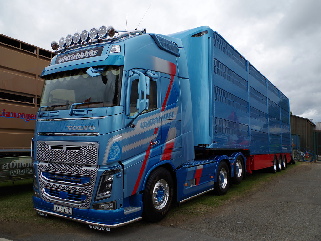 Longthorne of Hebden Volvo FH YK15YFC at the Royal Highlan ...