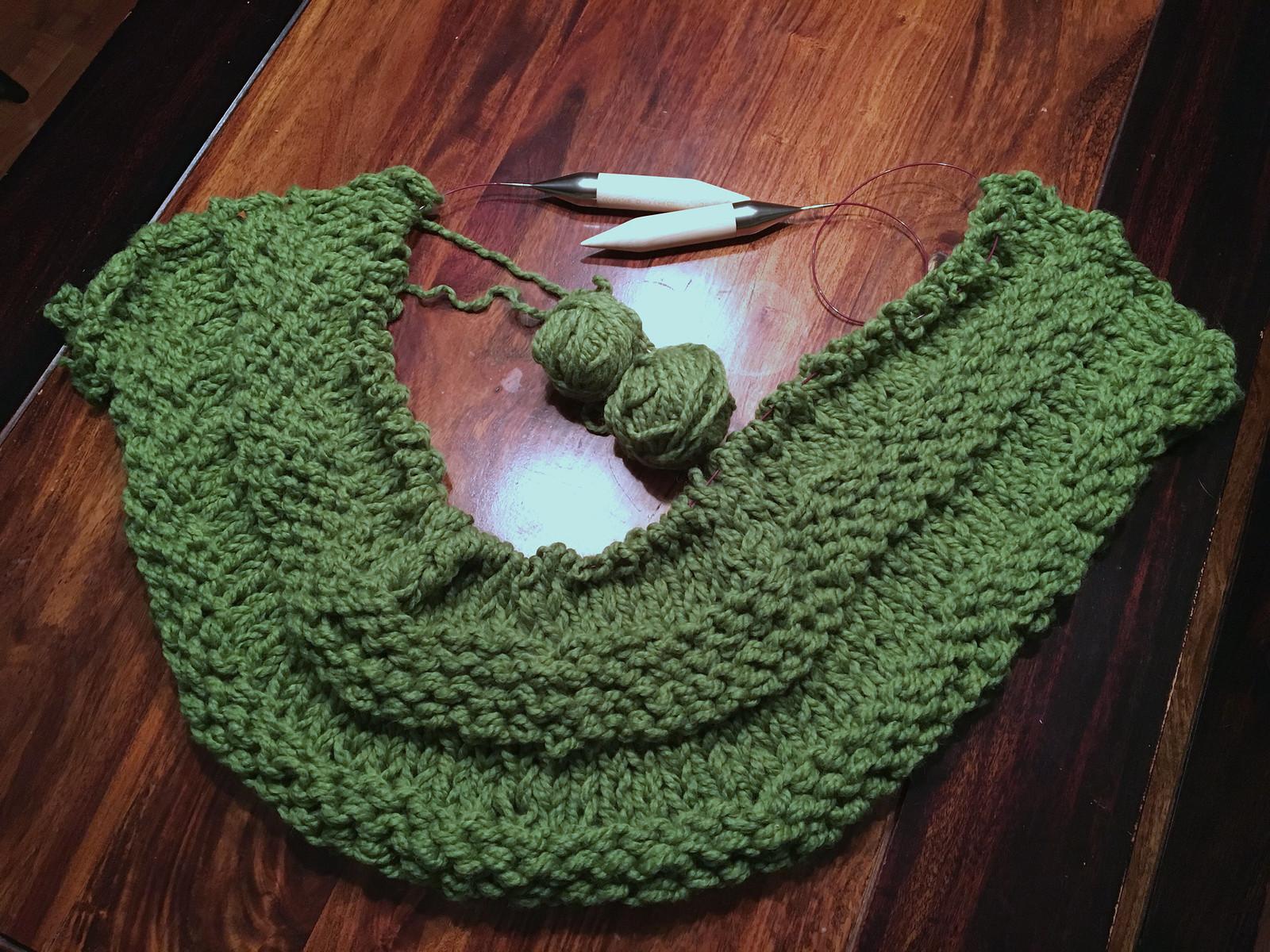 Green chunky blanket
