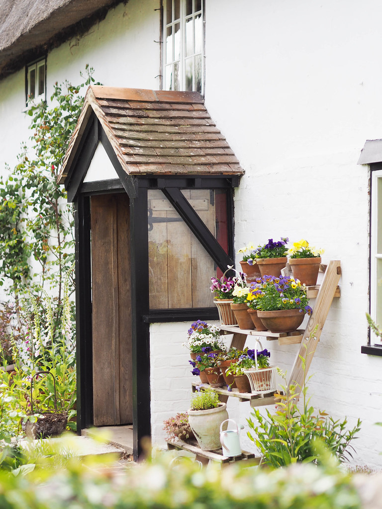 chilbolton-flowerpots