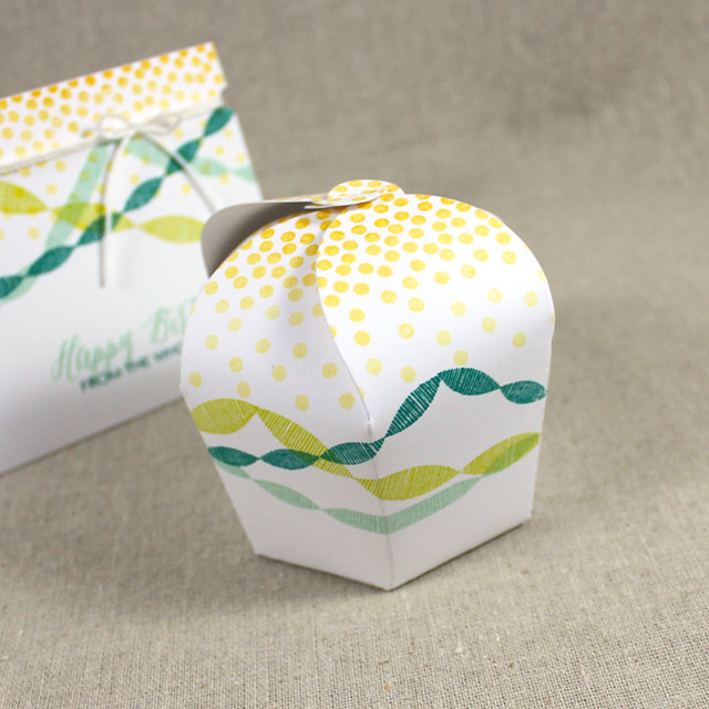 Streamers & Confetti Cupcake Box