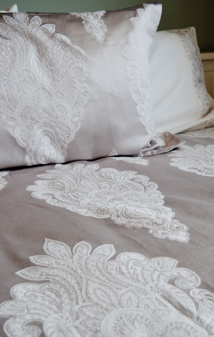 christy salome bedding