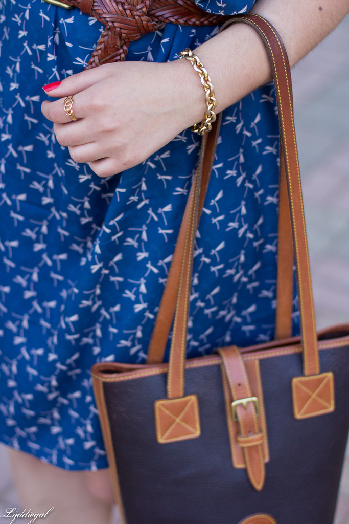 dragonfly print shirtdress, leather tote, sandals-8.jpg