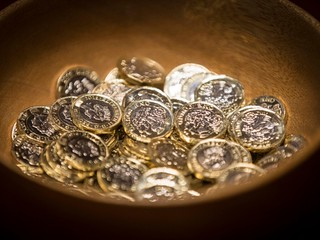 the-big-stars-at-this-years-trial-are-the-new-12-sided-1-coins-which-will-enter-circulation-in-march-the-coins-are-the-most-secure-in-the-world-according-to-the-mint