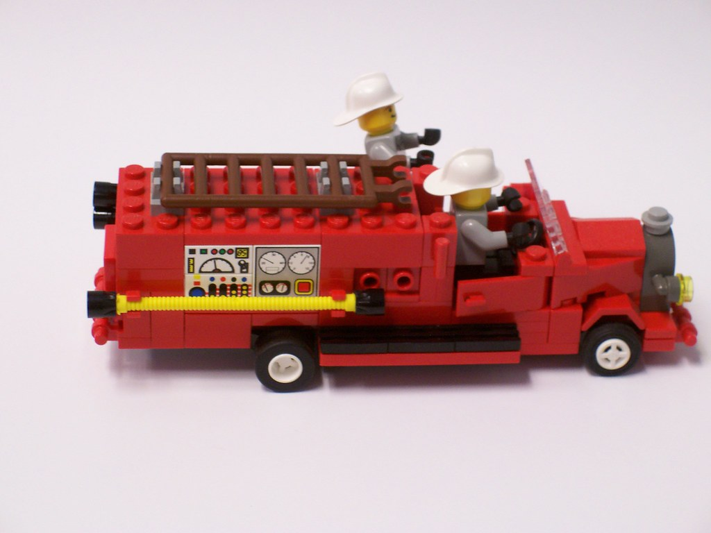 right | Old-fashioned Fire Truck by Bill Ward | Bill Ward | Flickr