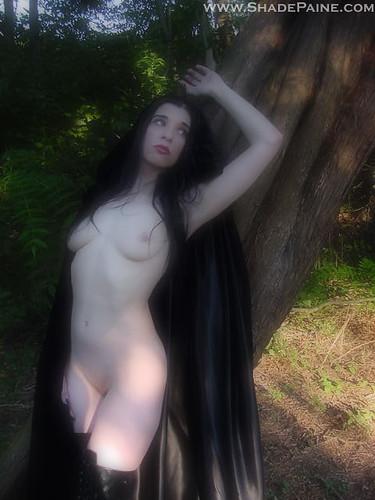 эротика леспиянки на кладбище