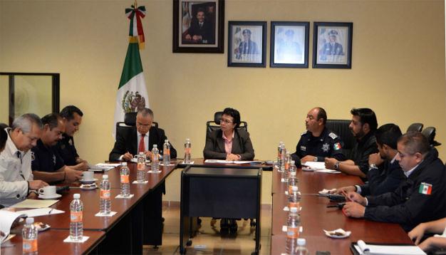 Continúan reuniones para dispositivos de seguridad en FENAPO 2015