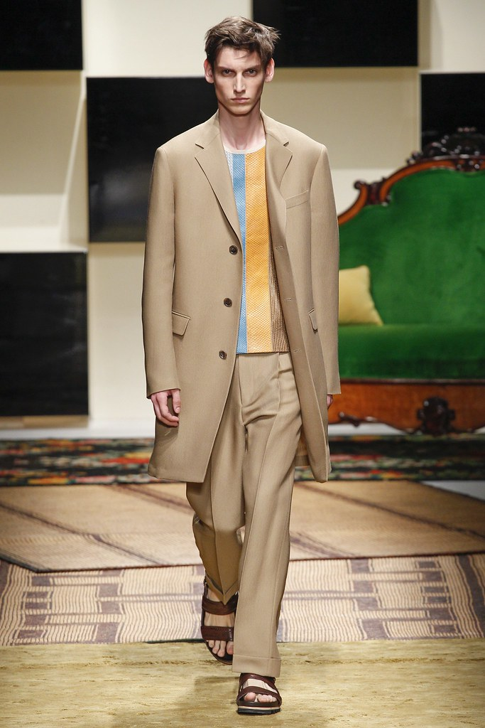 SS16 Milan Salvatore Ferragamo021_Anthony Gilardot(VOGUE)