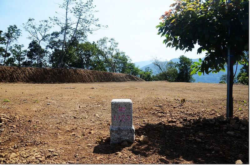 鷂婆山(耀婆山)二等三角點(#1123 Elev. 901 m)