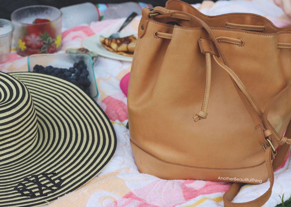 Madewell Lafeyette mini nude tan bucket bag