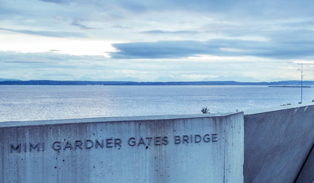 mimi gardner gates bridge olympic sculpture park