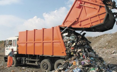 Чуже сміття до Рівного возитимуть легально?