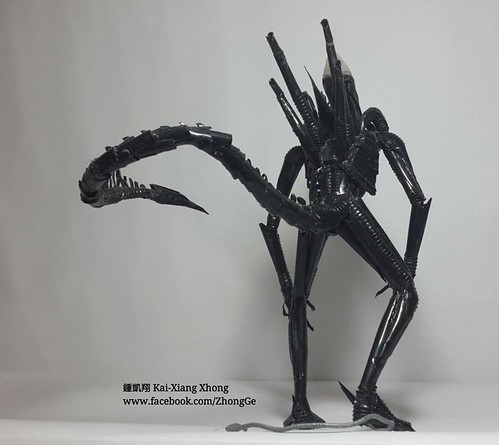 Drinking straws Alien by 鍾凱翔 Kai-Xiang Xhong