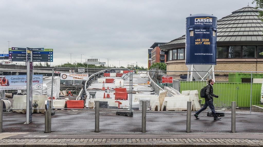 CONSTRUCTION PHASE 2015 - THE LAGAN WEIR IN BELFAST