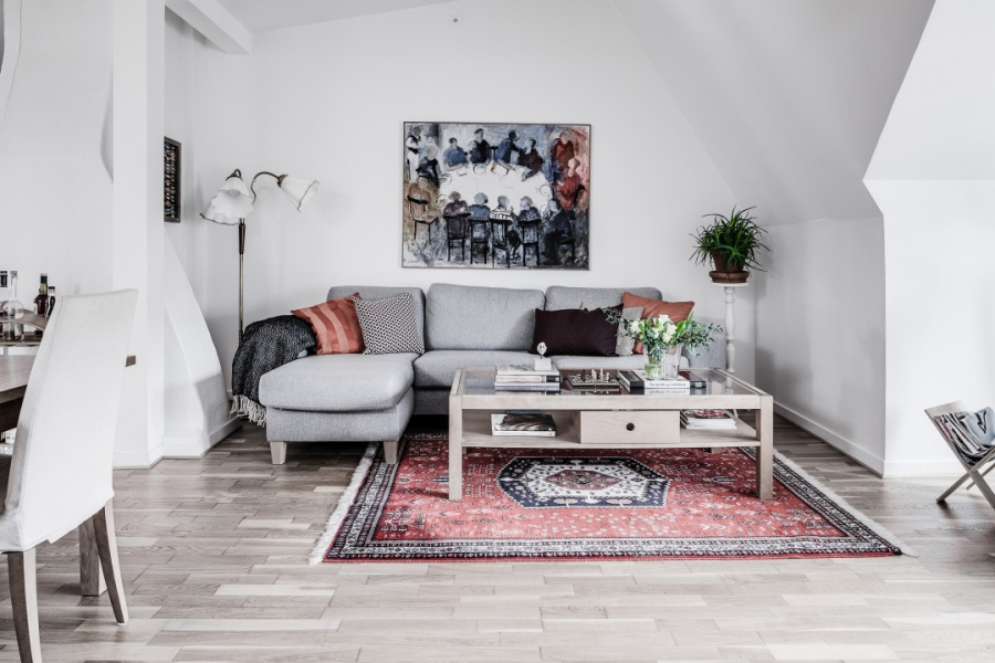 Feminine Scandinavian Apartment
