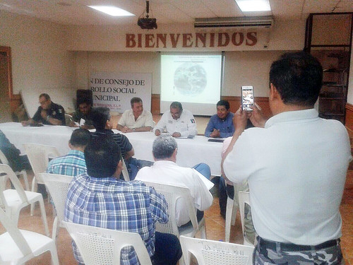 Acciones preventivas y de auxilio a la población por tormentas y huracanes