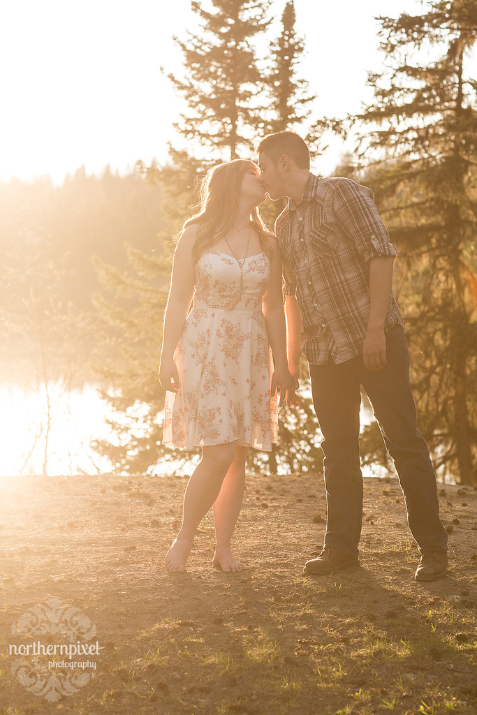 Lakeside Engagement - Prince George BC Wedding Photographers