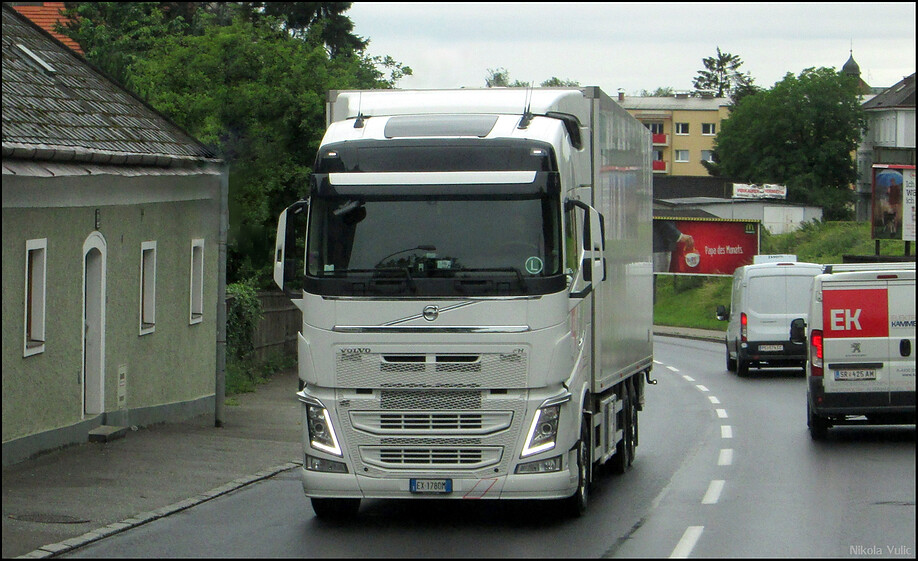 new volvo fh4 globetrotter i nikola vula flickr. Black Bedroom Furniture Sets. Home Design Ideas