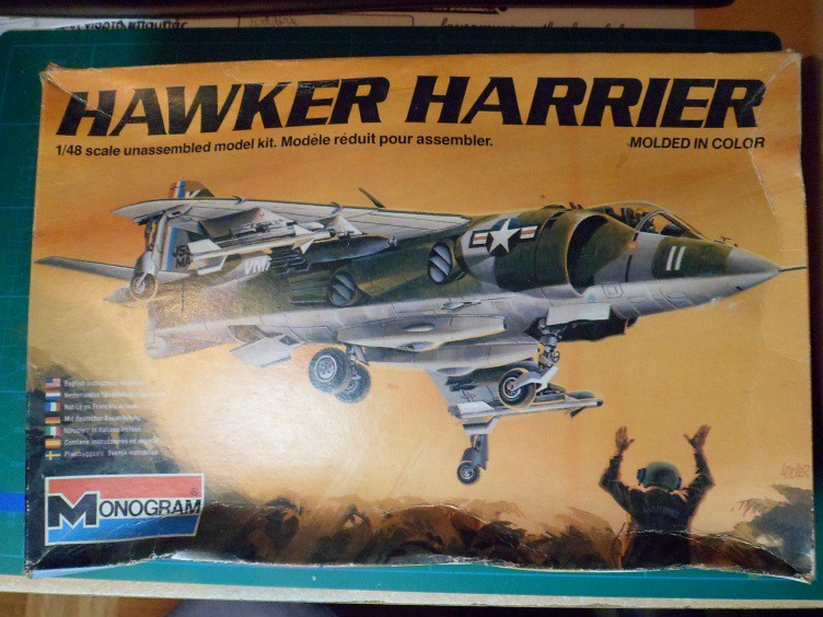 *Renaissance en-cours* Hawker Harrier [Monogram 1/48] 20311144840_6835f3ba57_b