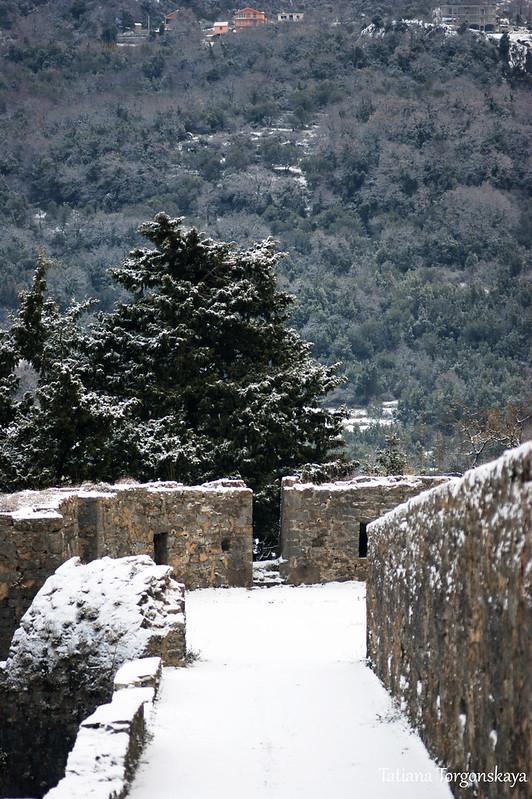 На крепостных стенах