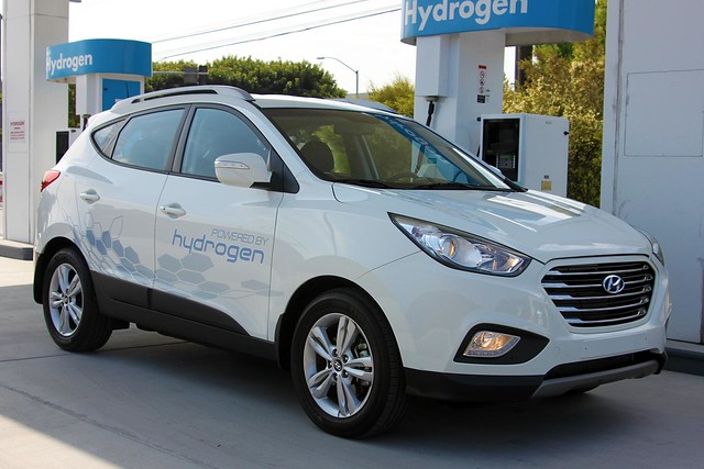 Hyundai Tucson Fuel Cell 1