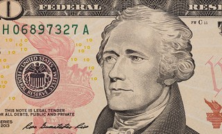 Hamilton portrait on $10
