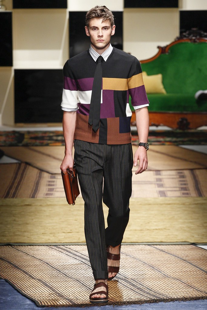 SS16 Milan Salvatore Ferragamo029_Connor Askin(VOGUE)
