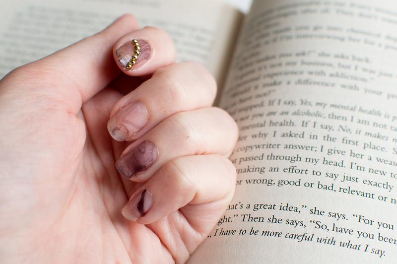 Book & Nail: Dry