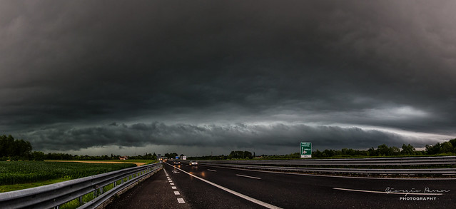 Shelf cloud panorama 1