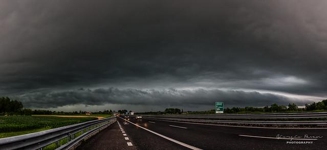 Shelf cloud panorama 1