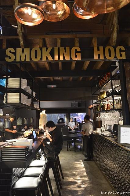 Smoking Hog (2)
