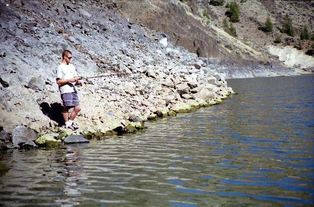 Prineville reservoir justin fishing near the dam at for Prineville reservoir fishing