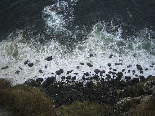 Looking down from the cliffs at Kilt Rock, Skye | by StartAgain