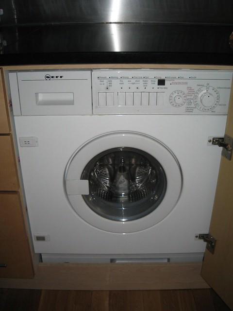itty bitty combo washer dryer yvettemn flickr