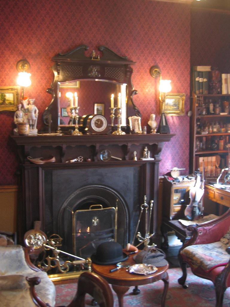 Salon avec chemin e pipe et deerstalker au mus e for Salon avec cheminee