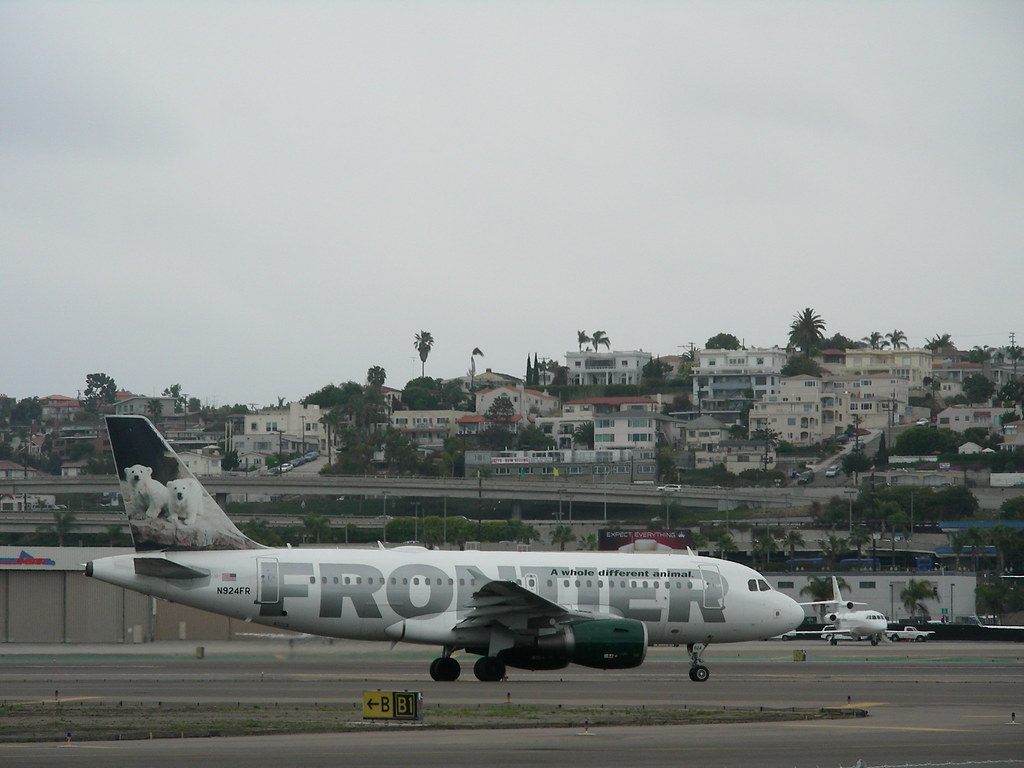 Frontier A319 N924FR | Frontier Airlines, based in Denver ...