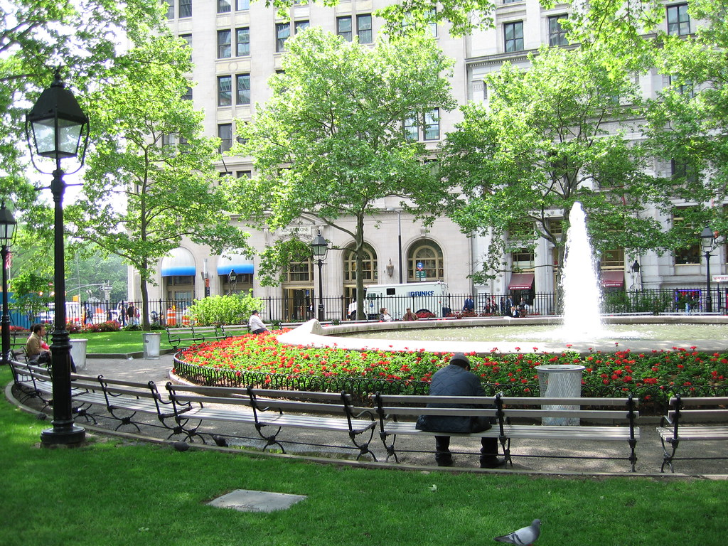 bowling green park new york 39 s oldest park right at the. Black Bedroom Furniture Sets. Home Design Ideas