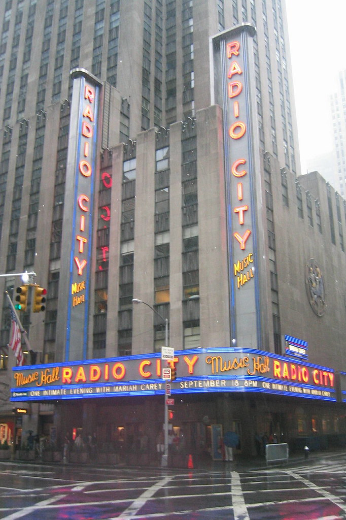 Nyc Rockefeller Center Radio City Music Hall Radio