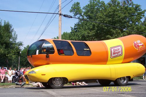 Oscar Meyer Anthony Weiner as well Voice of olaf in frozen also Csi Eco Style further Oscar Mayer Wiener further Man Who Wrote The Oscar Mayer Weiner Song Has Died. on oscar meyer weiner mobile song