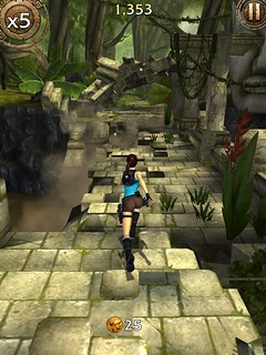 Lara Croft Relic Run 014