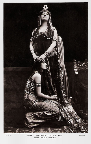 Constance Collier and Hilda Moore in Antony and Cleopatra (1906)