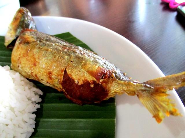 Cafe Ind ikan sumbat