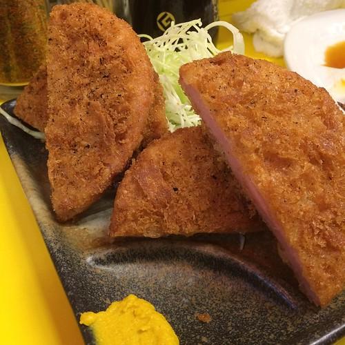 お肉屋さんのハムカツ at まこちゃん 本店